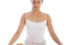Lấy lại vóc dáng thon gọn sau sinh với yoga, các mẹ đã biết chưa?