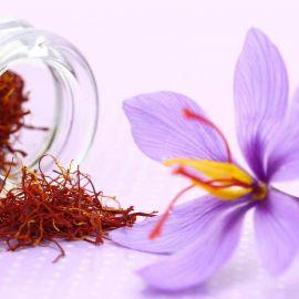 Cách phân biệt nhụy hoa nghệ tây thật giả