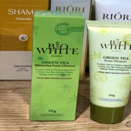 Review sữa rửa mặt trà xanh Bio White có tốt không?