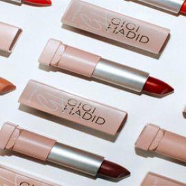 Review son Maybelline Gigi Hadid Matte Lipstick