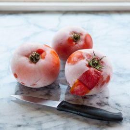 Cách dưỡng trắng hồng cho làn da bằng cà chua